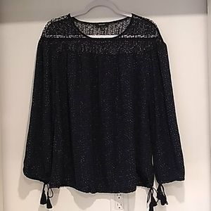 RW&CO•navy w/white specks and netted upper blouse